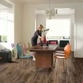 QUICK-STEP ELIGNA WIDE RECLAIMED CHESTNUT BROWN